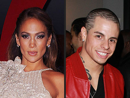 J-Lo is Dating Casper Smart, Another Male Back Up Dancer!