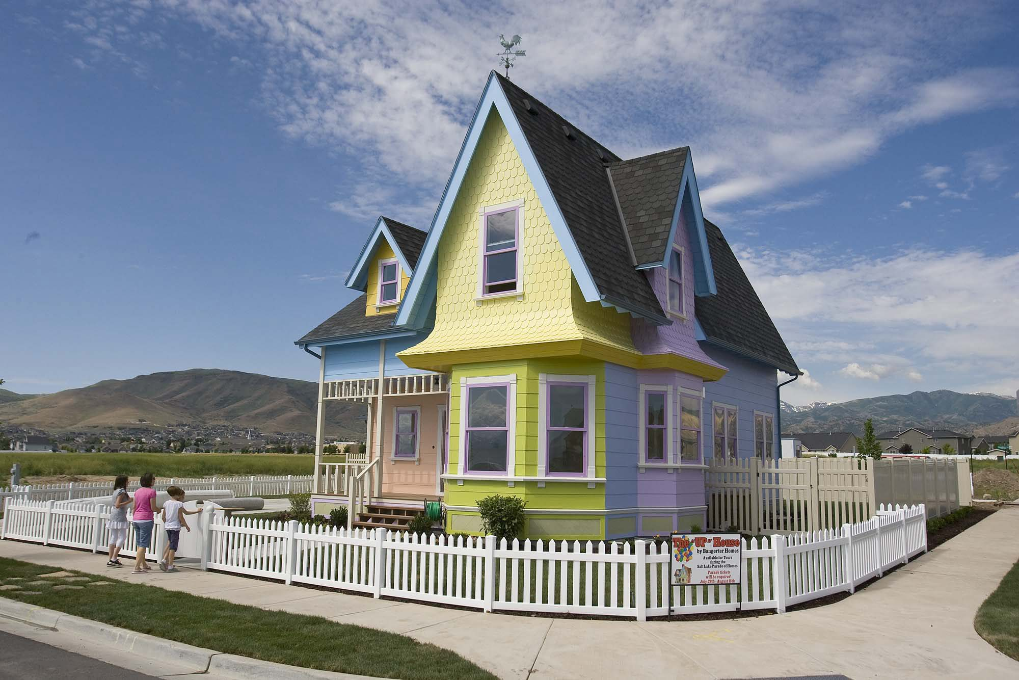 "Real Live House from the Disney Movie ""UP"" Sells for $400,000."