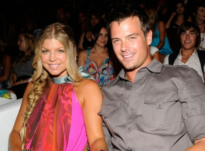 Fergie and Josh Duhamel Christmas Card 2011 [photo]