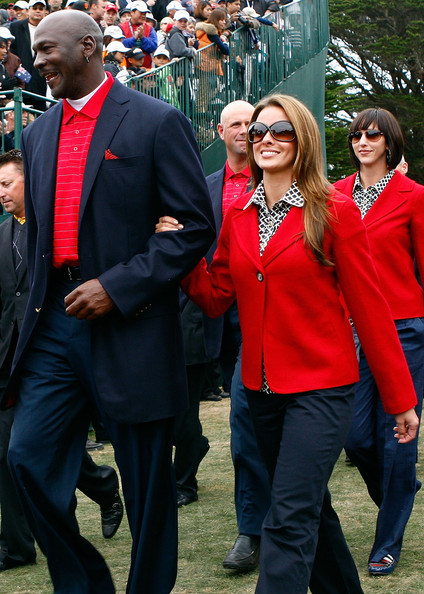 Michael Jordan Goes for his 7th Ring! He is Engaged to Girlfriend Yvette Prieto.