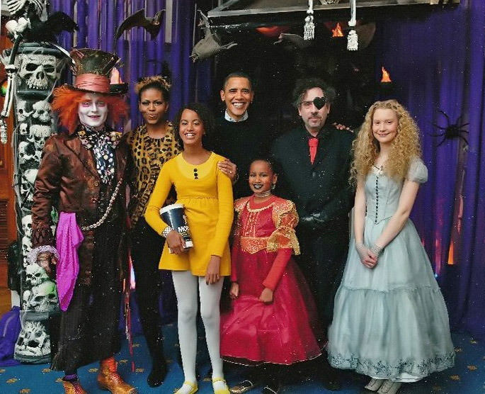 Secret White House Halloween Party of 2009 Photos Leaked Online [photos]