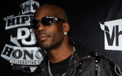 DMX almost Choked Out on Stage – but Keeps Performing [video clip]