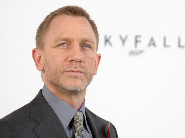 Daniel Craig Defends The Latest Bond Movie's Choice of Drink. A will replace the Traditional Martini.