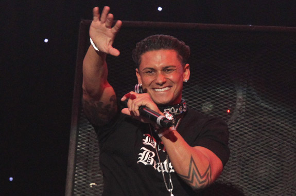 """Pauly D got Paid How Much? New Lawsuit Reveals the Size of Pauly's """"D"""""""