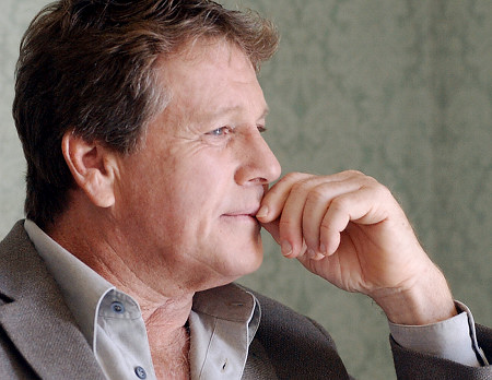 Actor Ryan O'Neal Has Been Diagnosed With Prostate Cancer