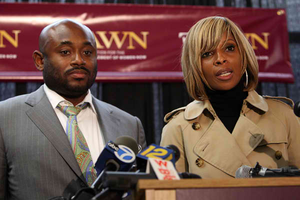 Mary J Blige's Charity Now Being called a Scam, It Owes $250,000!