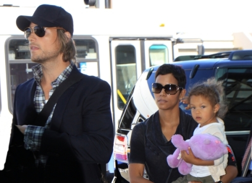 Gabriel Aubry is asking Halle Berry for $500,000 and $20,000 per month in Child Support.