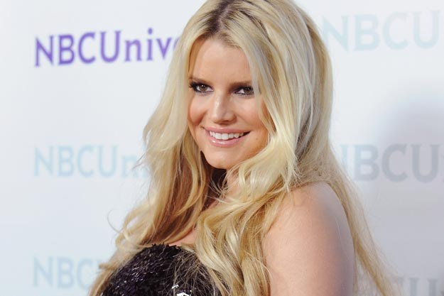 Jessica Simpson Continues to Bank off Pregnancy, Launches a New Maternity Clothing Line