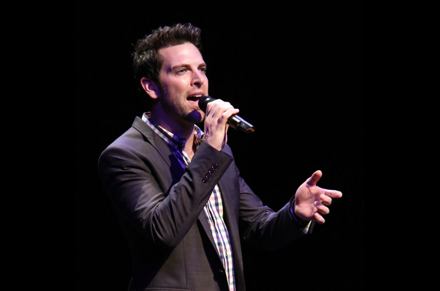 Chris Mann from Team Aguilera Signs a Major Record Deal, album Due out This Fall