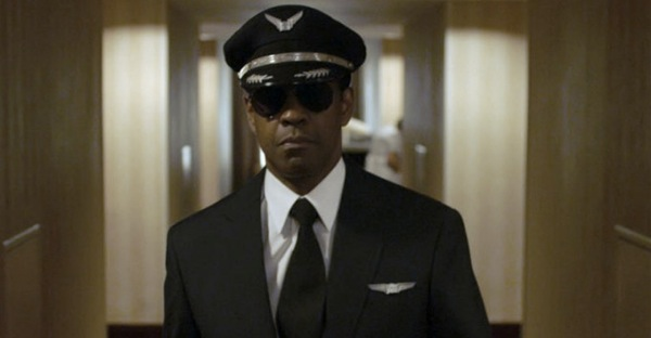"Denzel Washington and Robert Zemeckis Team up for the movie ""Flight"" [trailer]"