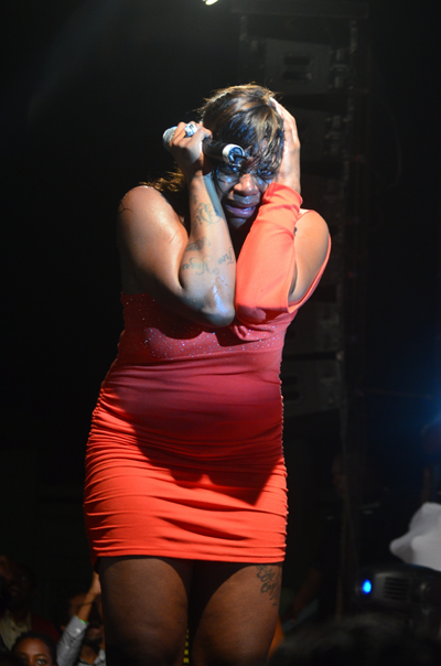 Fantasia Barrino Breaks Down On Stage as Rumors That her Baby's Daddy, Antwuan Cook is Dating Kendra From the Bad Girls Club.
