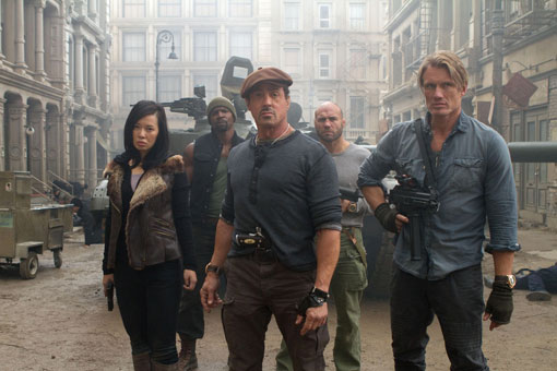 "Why I Think ""Expendables 2"" Stars Should Pay Dead Stuntman's Parents $25K!!"