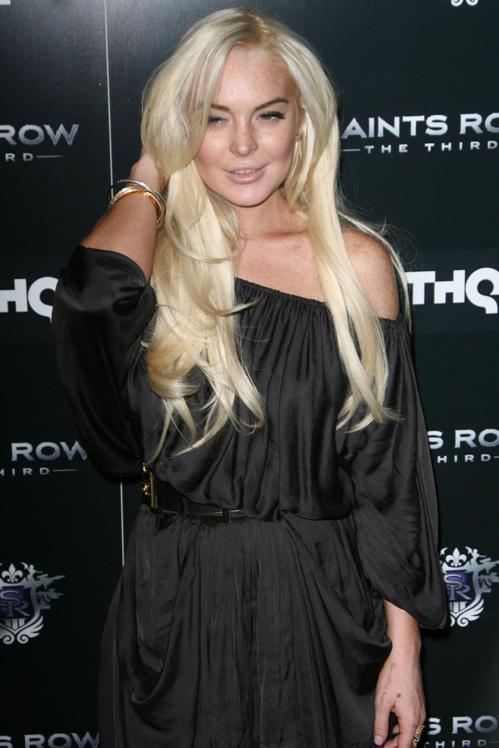 Lindsay Lohan is Now an Obama Supporter, but it might not Matter.  Her Last Day to Register is Today!