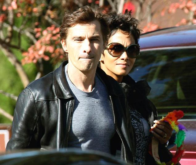 Fight at Halle Berry's House.  Olivier literally breaks his hand on Gabriel Aubry's Face!