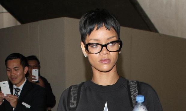 Is Rihanna's Cryptic Letter About Chris Brown? Only If you Want It To Be.