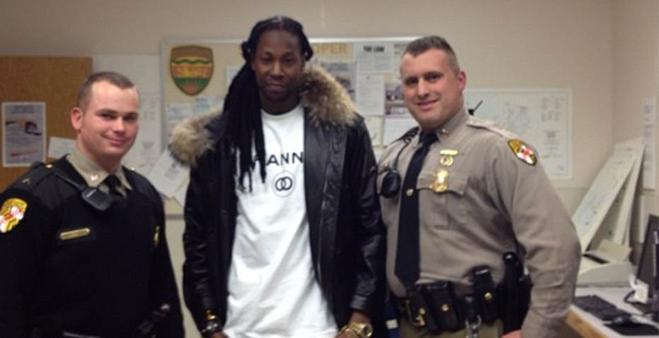 2 Chainz Arrested in Maryland. Officers Pose with Rapper on Instagram!