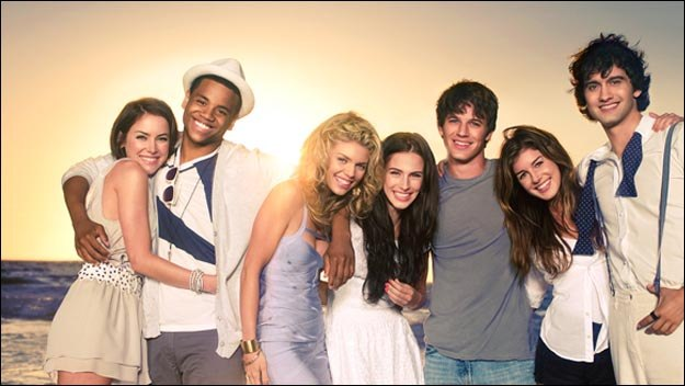 The CW Pulls the Plug on 90210.  Low Ratings drives Early Cancellation