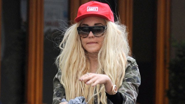 Amanda Bynes Might Be In Treatment Until 2015