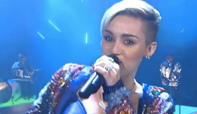 Miley Cyrus Performs 'We Can't Stop' With Little People On German TV (VIDEO)