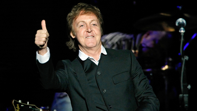 Paul McCartney Stands Up For Miley Cyrus