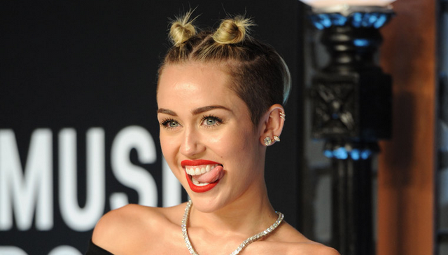 Miley Cyrus Offered 1 Million To Do What In Porn - Tvst-7654