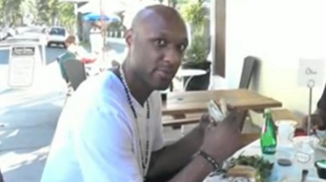 The Paparazzi Sit Down For Lunch With Lamar Odom