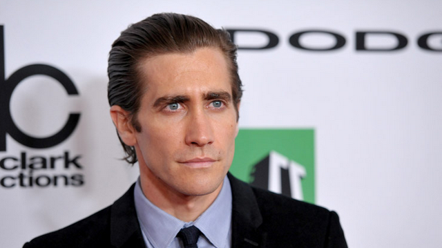 Jake Gyllenhaal Rushed To Hospital After Punching Mirror