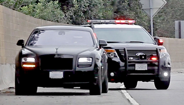 Kim Kardashian Pulled Over For Speeding, Sparks Chaos In Los Angeles