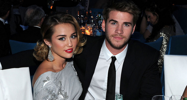 """Miley Cyrus Opens Up About Breakup With Liam Hemsworth: """"I Wait For Those Moments Of Silence"""""""