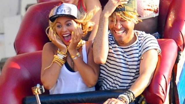 """Beyonce's """"Risky"""" Album Move Pays Off, Shatters iTunes Record"""
