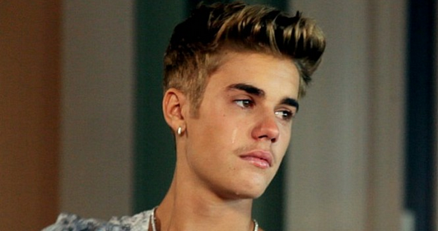 Justin Bieber Launches Egg Attack On Neighbor's House, Cops Called To The Scene (VIDEO)