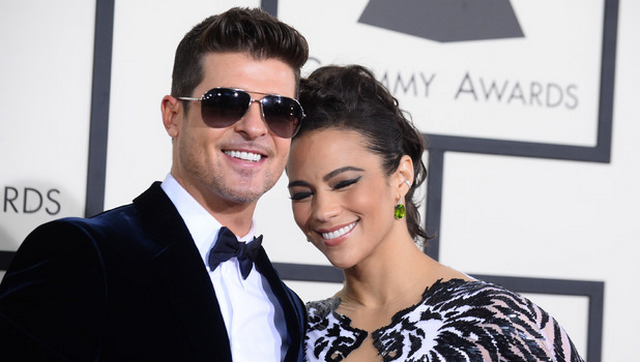 "Robin Thicke Dedicates ""Lost Without U"" To Paula Patton During Concert In Fairfax"