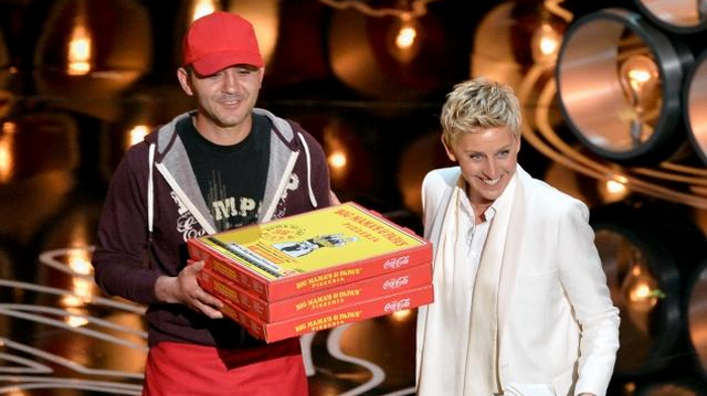 Ellen DeGeneres Breaks Twitter Record And Delivers Pizza To Hungry Oscar Crowd