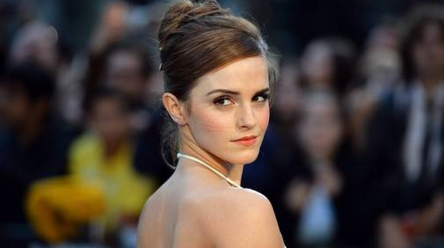 Emma Watson Does It Again, Looks Incredible At The London 'Noah' Premiere