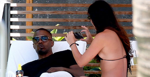 Jamie Foxx Takes A Break In Maui With Daughter And Scrumptious Baby Mama (PHOTOS)