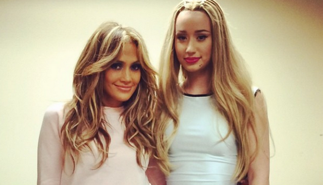 Jennifer Lopez Shows Off Makeup-Free Face And Amazing Bikini Body (PHOTOS)