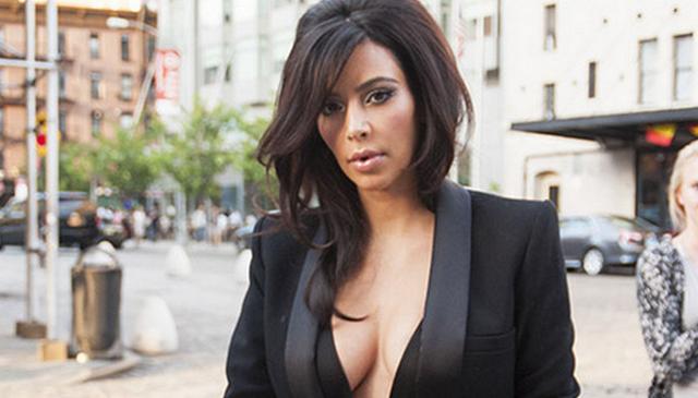 Kim Kardashian Shows Off Major Cleavage In New York City (PHOTOS)