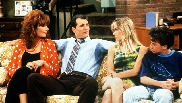'Married With Children' Cast Reunion! See What They All Look Like 17 Years Later!