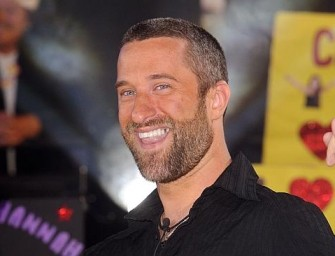 Screech Don't Play.  Dustin Diamond Arrested after Stabbing a Man who was messing with his Girl!