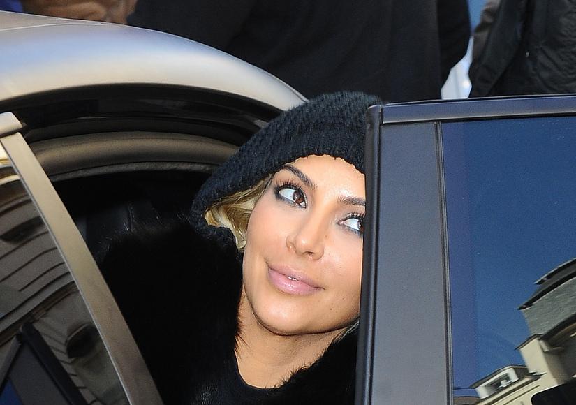Kim Kardashian hiding her new hairdo?