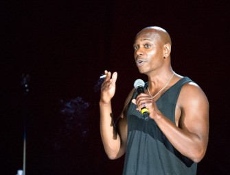 Watch: Dave Chappelle Continues to Ruin his Career with Another Drunk Performance.  Fans Demand a Refund! (Video)