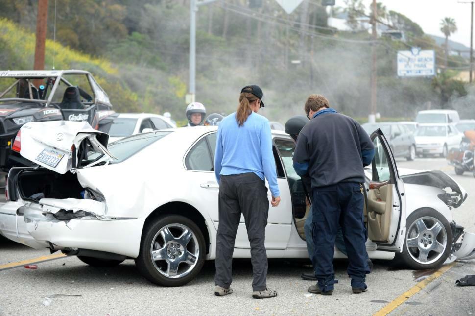 Jenner-Car-Crash – 04MAY2015