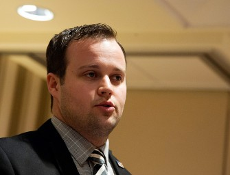 Duggar Update: Josh Duggar Apologizes, His Police Records are Destroyed and Mike Huckabee is ALL Team Josh!
