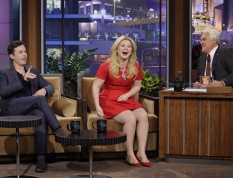 Aw, Snap! Kelly Clarkson Is Pregnant AGAIN! Get All The Details Inside