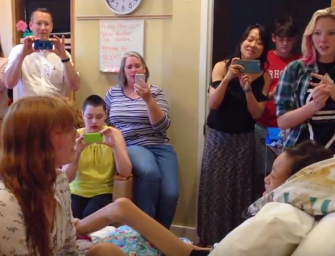 Florence + the Machine Holds Private Concert For Teen In Hospice Care, Check Out The Emotional Duet Inside (VIDEO)