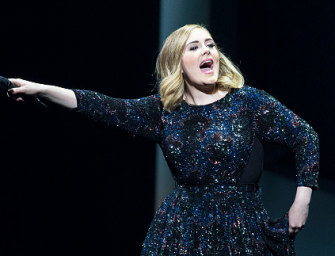 Adele Continues Her #NoFilter Concert Tour, Tells Music Producer To Suck Her D–K! (VIDEO)