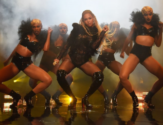 Britney Spears Had To Follow Beyonce's VMAs Performance, And The Internet Feels Really Bad About That…(VIDEO OF BOTH PERFORMANCES!)