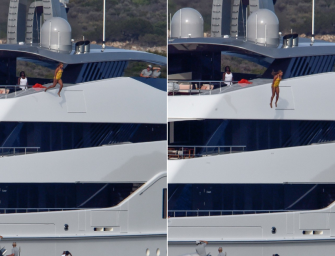 Beyonce Pumps Some Life Into Her Boring Vacation With Jay Z By Jumping Off A Giant Yacht, Check Out The Crazy Dive Inside!