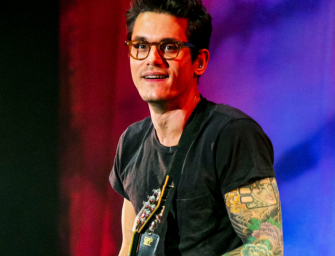 John Mayer Thanks His Fans For Their Support After Hospitalization, Shares Mirror Selfie From Hospital Bathroom! (PHOTO)