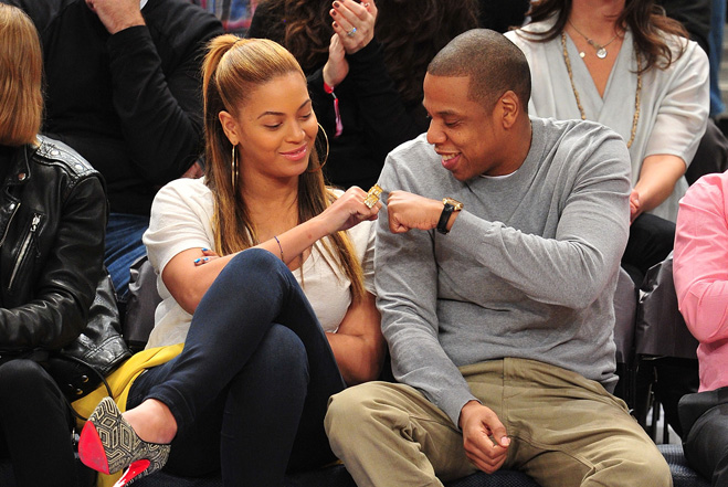 Celebrities Attend The New Jersey Nets v New York Knicks Game – February 20, 2012